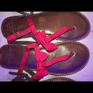 Abercrombie & Fitch red leather sandals xs 6/7